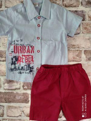 Летен комплект светло синя риза с надпис и къси червени панталони