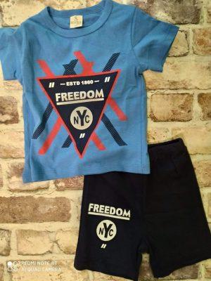 Летен комплект синя тениска с надпис, черни къси панталони