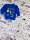 Комплект момче синя блуза със зеленчуци и бежаво долнище.